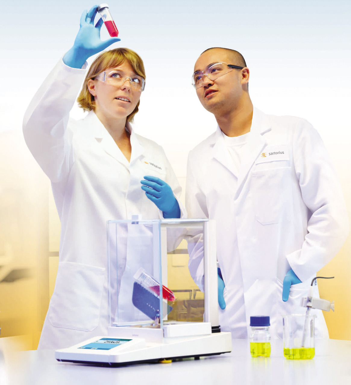 Весы аналитические - незаменимый помощник для лаборатроии